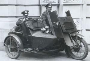 NYPDriotbike_700